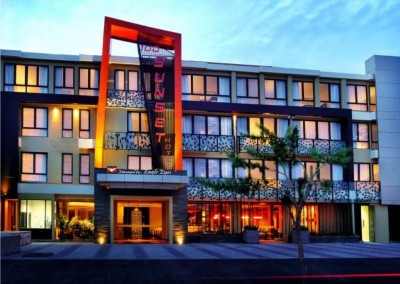 100 sunset hotel bali